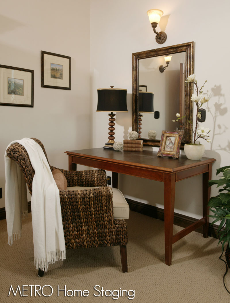 home staging jobs metro home staging san diego. Black Bedroom Furniture Sets. Home Design Ideas